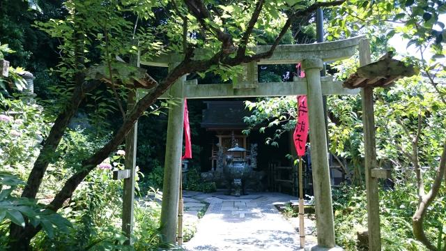 神奈川県杉本寺の本殿