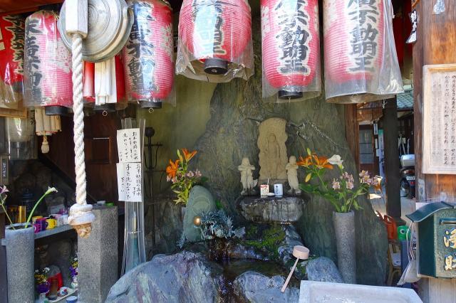西福寺の像