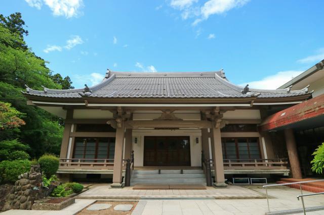 宮城県覚範寺の本殿