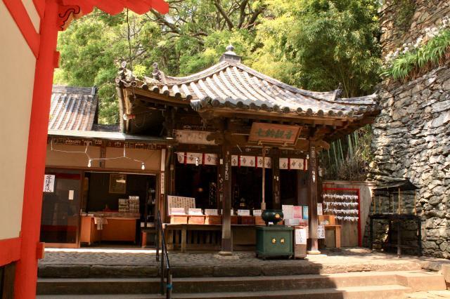 和歌山県金剛宝寺(紀三井寺)の本殿