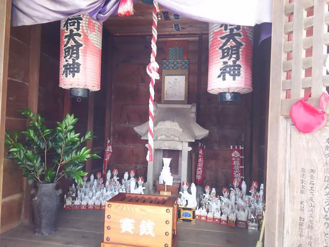 埼玉県本宗稲荷神社の本殿