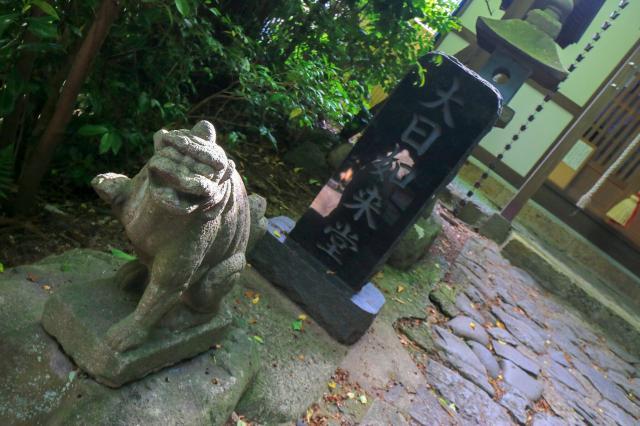 寛行院の狛犬