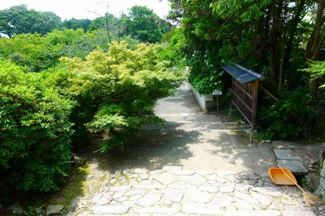 長岳寺の建物その他