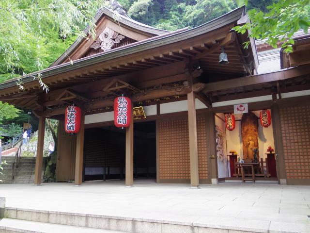 福岡県南蔵院の本殿