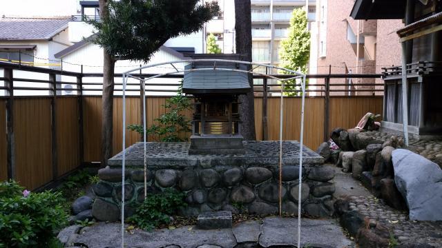 須佐之男神社の末社