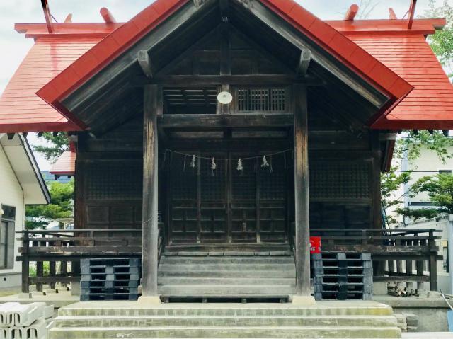 豊栄神社の本殿
