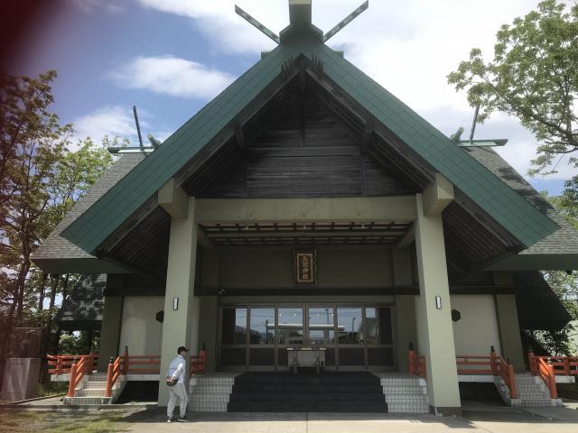 鳥取神社の本殿