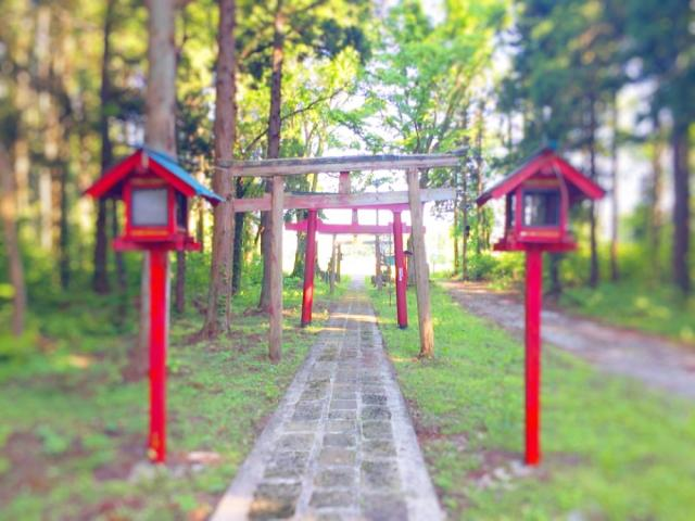 岩手県稲荷神社の本殿