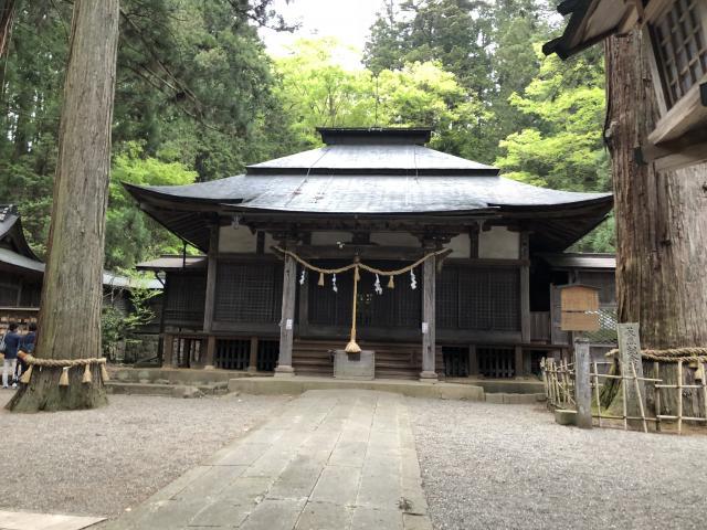 岐阜県日枝神社の本殿