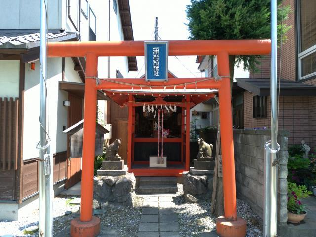 一本杉稲荷神社(埼玉県長瀞駅) - 鳥居の写真