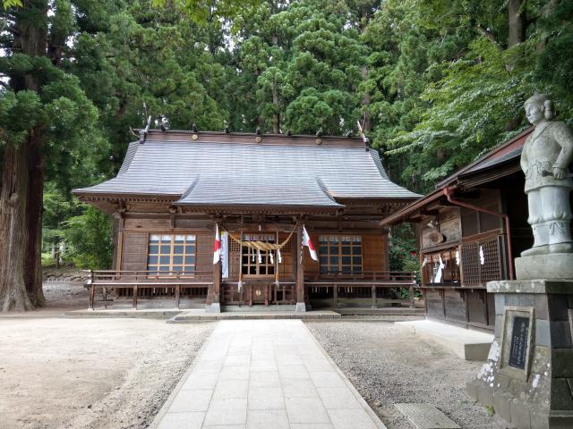 福島県白和瀬神社の本殿