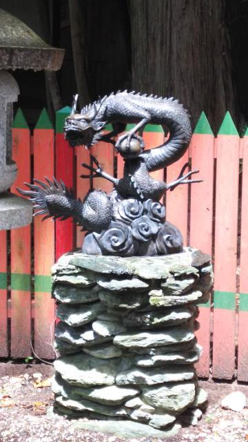 賣布神社の狛犬