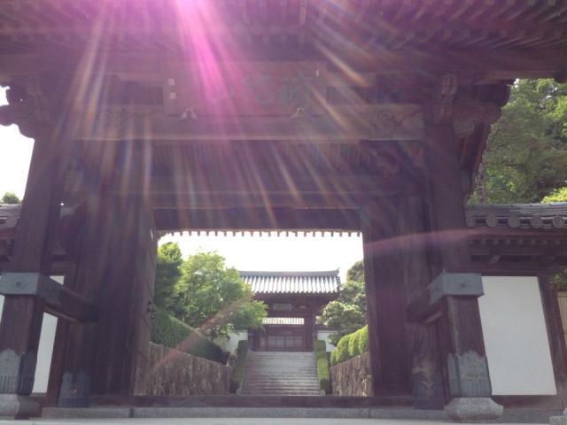 福岡県興宗寺の山門