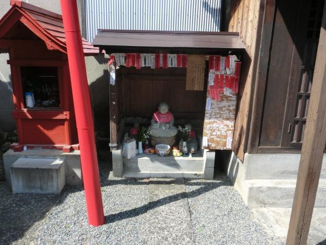 鳥取県偸伽堂の地蔵