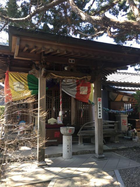 萬松山 龍台院の本殿
