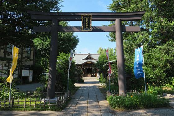 東京都鷺宮八幡神社の鳥居