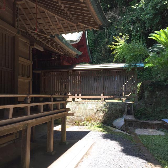 洲崎神社の本殿