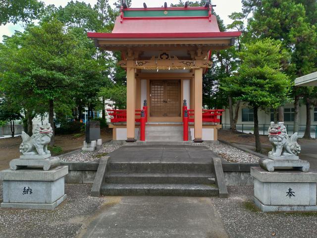 八幡宮の本殿