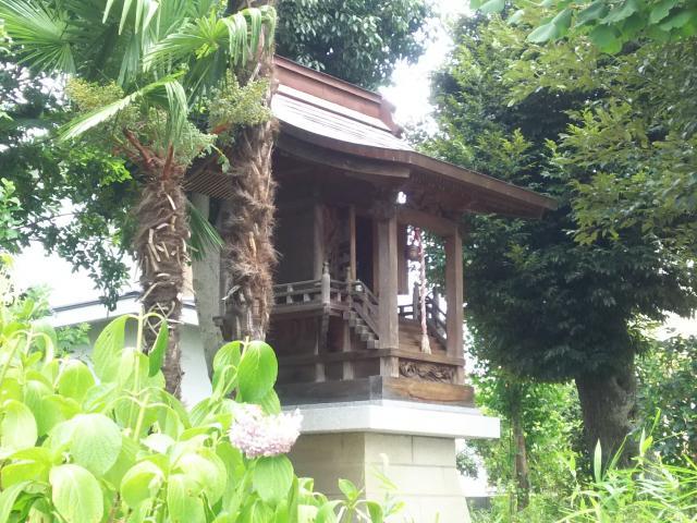 埼玉県茅野稲荷神社の本殿