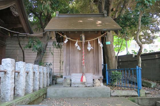 東京都御霊神社の本殿