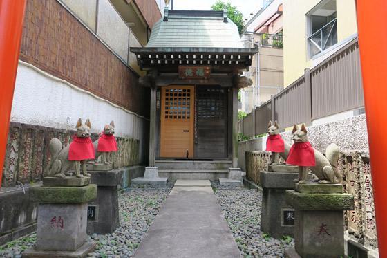 東京都福徳稲荷大明神の本殿