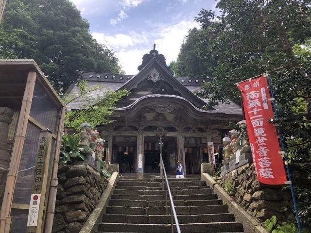 青森県円覚寺の本殿