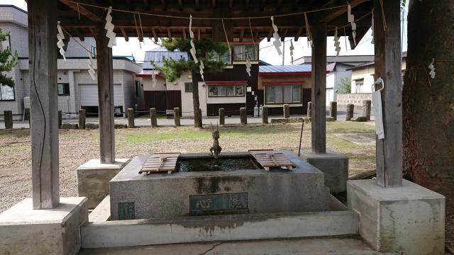 鶴田八幡宮の手水