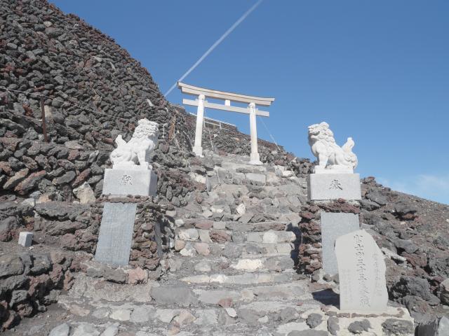 静岡県富士山頂上久須志神社の鳥居