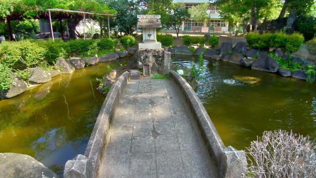 鷲神社の庭園
