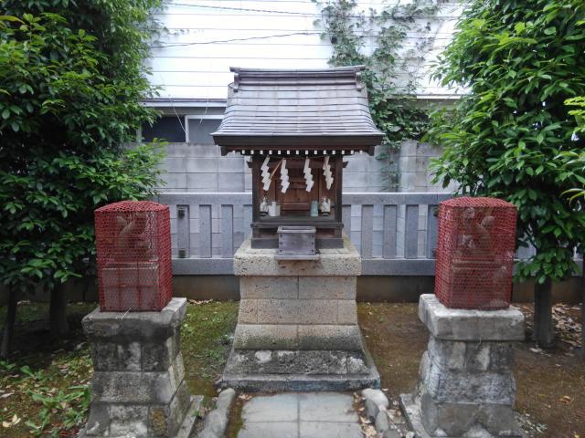 乾徳稲荷神社の末社