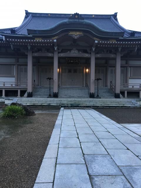孝勝寺の本殿