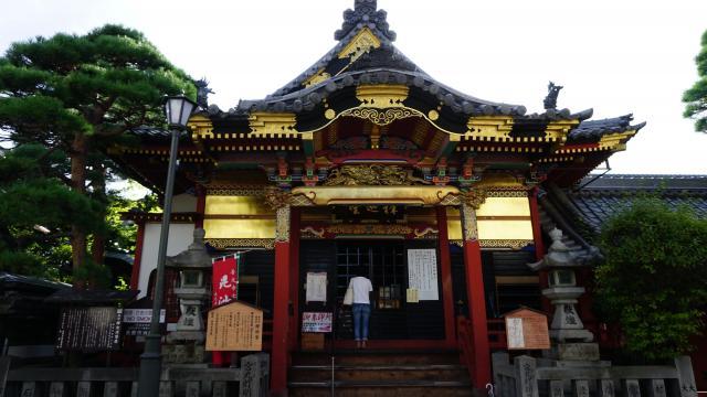長野県世尊院の本殿