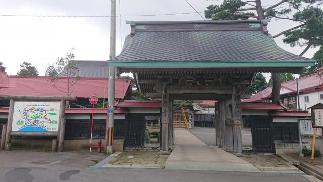 本覚寺の山門