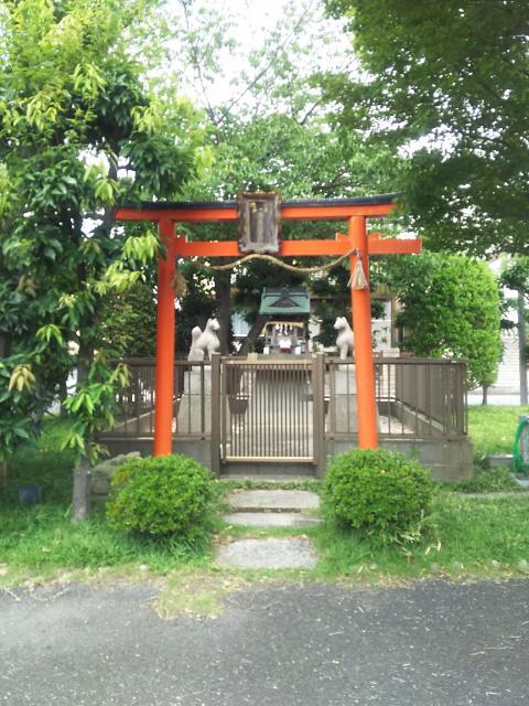 福徳稲荷神社の鳥居