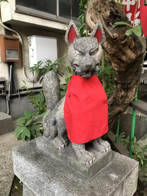 東京都大松稲荷神社の狛犬