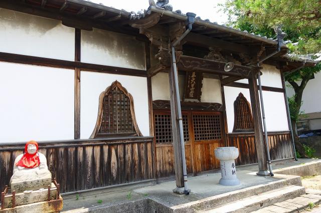 愛知県日泰寺の本殿