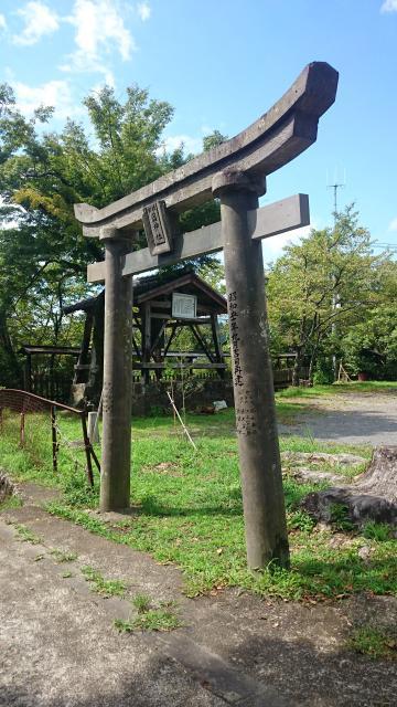 岡神社の鳥居