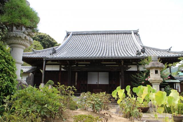 護念院の本殿