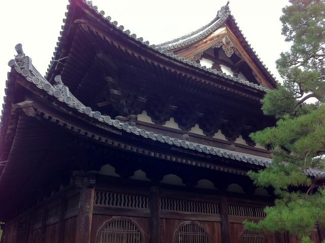 京都府大徳寺の本殿