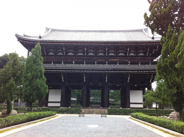 京都府東福寺の山門