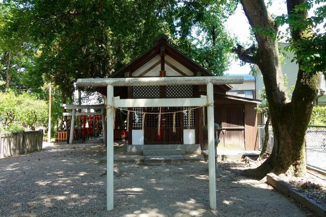 茨木神社の末社