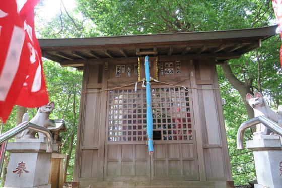 埼玉県城山神社の本殿
