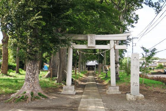 東京都下宿八幡神社の鳥居