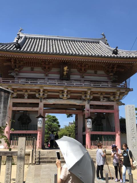 大阪府葛井寺の本殿