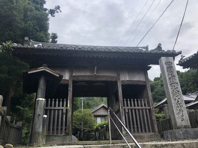 徳島県藤井寺の本殿