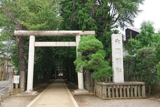 根村氷川神社の鳥居