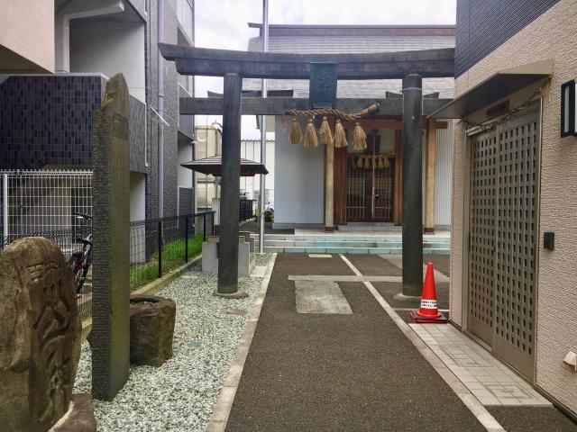 矢先神社の鳥居