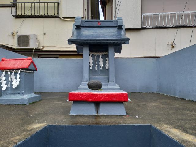 神奈川県本宮神社の本殿