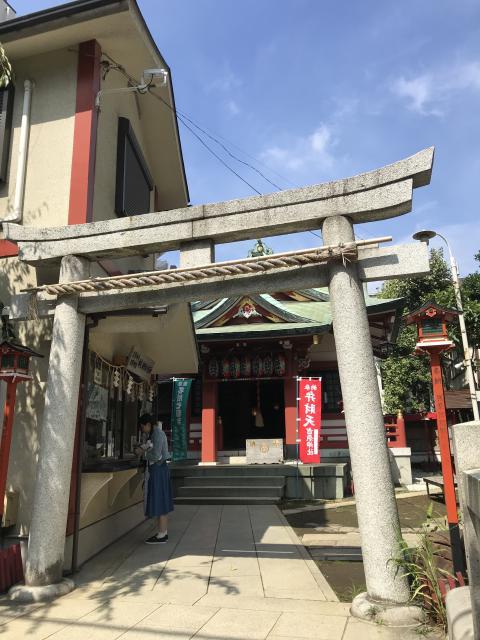 東京都吉原神社の鳥居