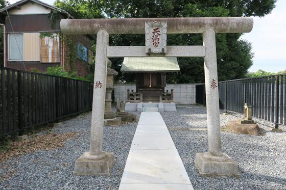 東京都天満天神宮の鳥居